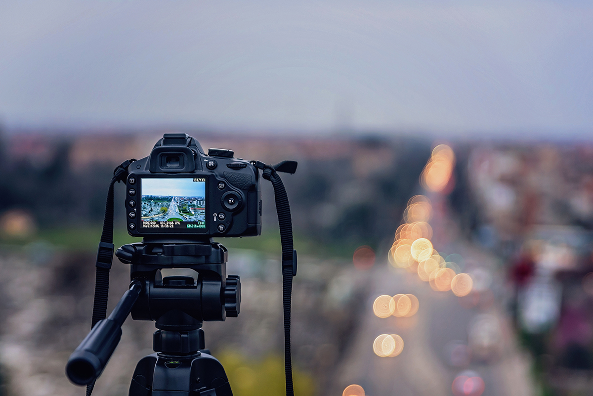 DSLR Camera taking photos of the city