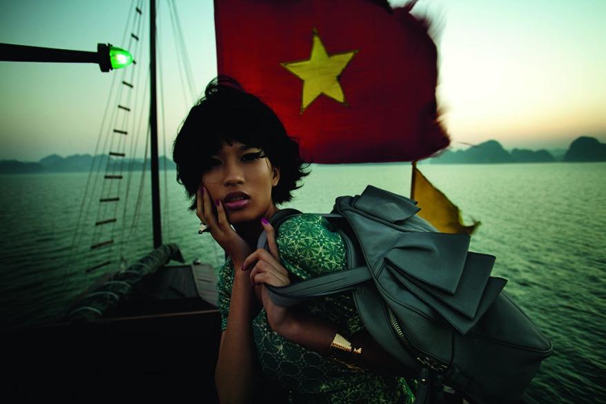 patrick-swirc-carnets-de-voyage13-fashion-ethnic1-baie_de_ha_long-vietnam