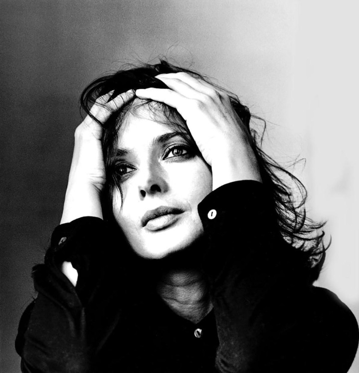 Isabella-Rossellini-Irving-Penn-1997