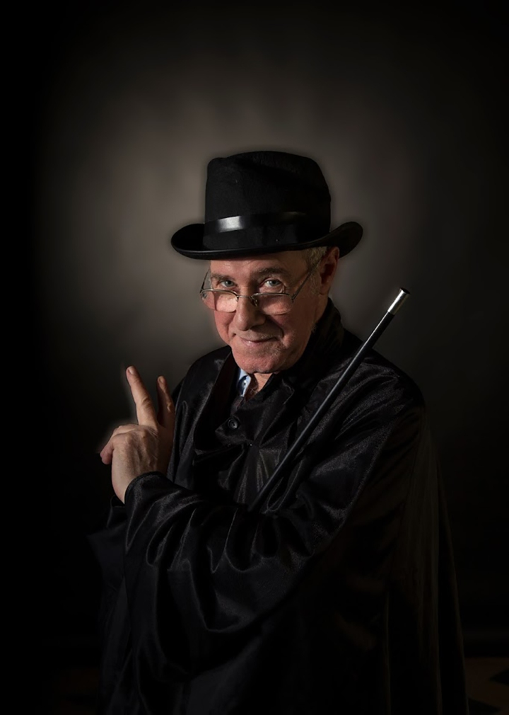 le magicien Brigitte CAUCHIES