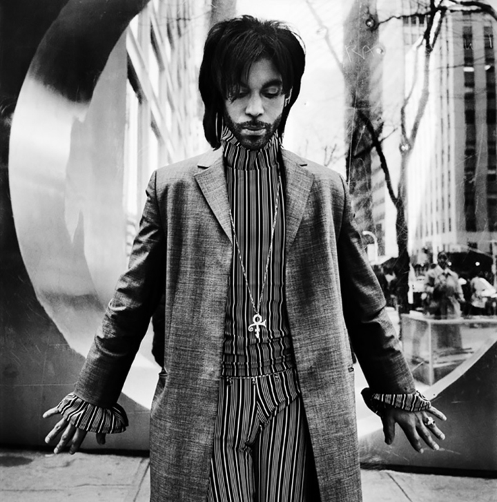 BW-420---Prince,-New-York-1999-Copyright-Anton-Corbijn-(00)