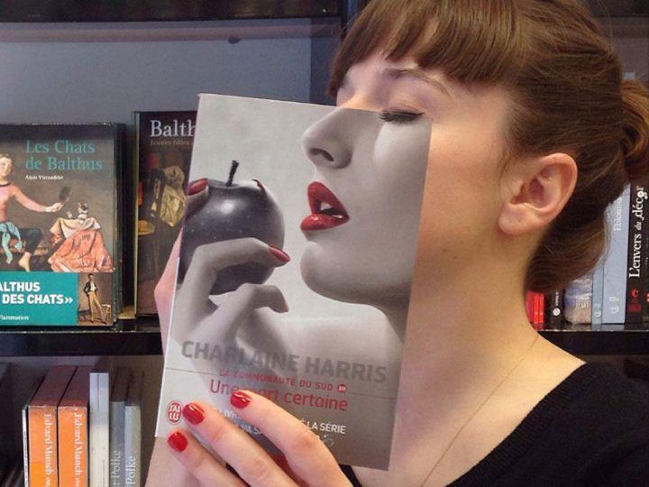 La-librairie-Mollat-presente-ses-livres-de-maniere-tres-creative-!_width1024