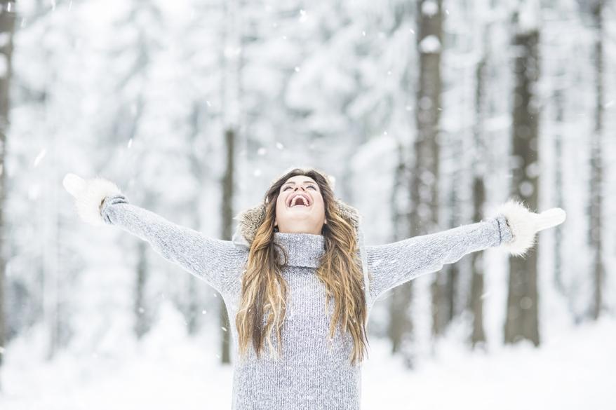 Frau im Winter
