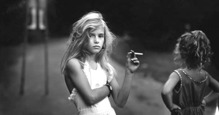 candy-cigarette-1989-by-sally-mann