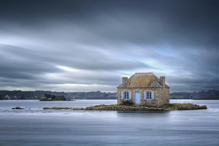 Petite maison sur l'eau - Bretagne - France